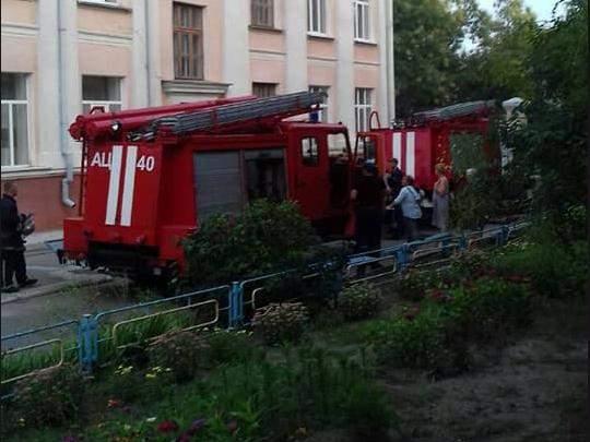 В николаевской школе вспыхнул пожар